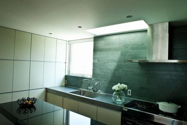 壁付けキッチン1